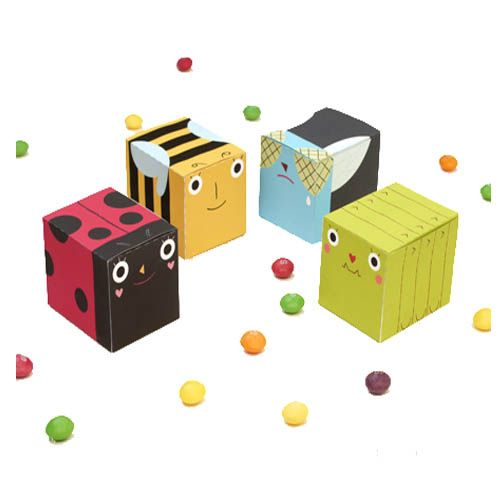 colored party favor boxes
