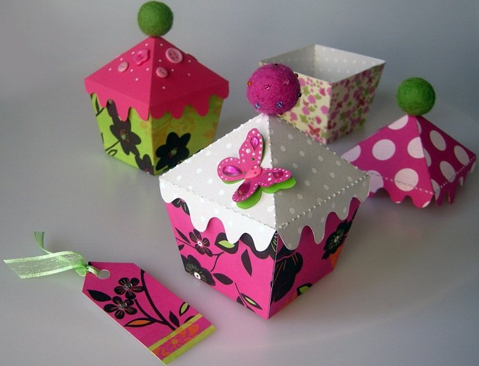 Stylish Custom Cake Boxes