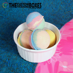 Cups for small numerous bath bombs