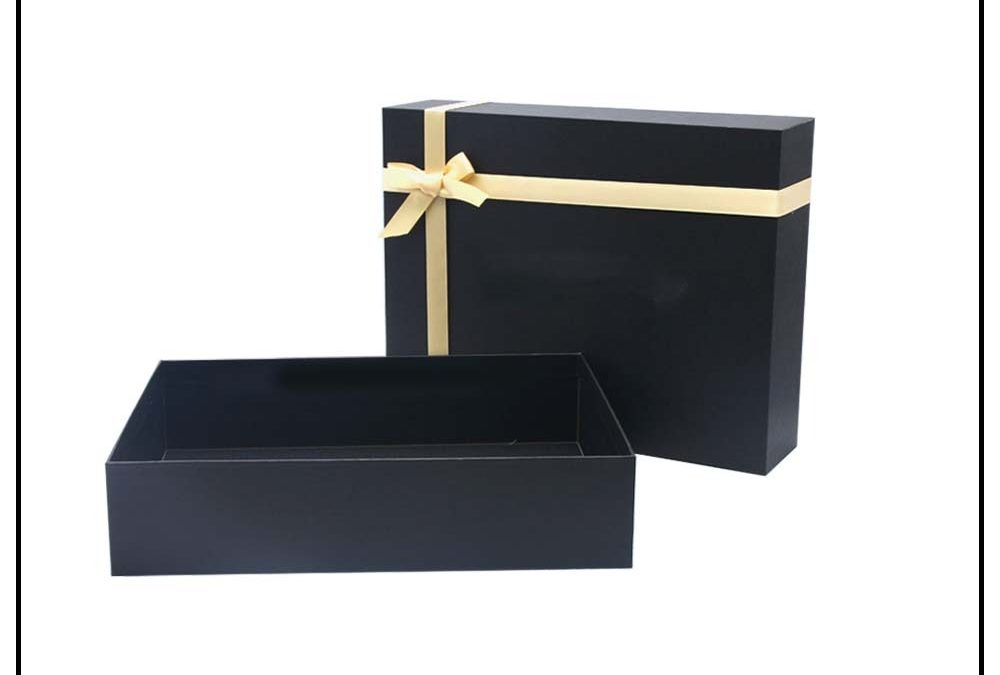 Enhance the appearances of your garments with apparel boxes